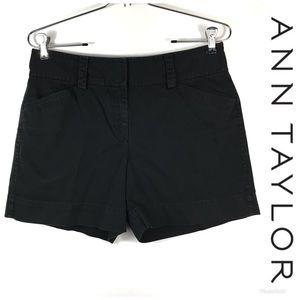 ANN TAYLOR Signature Fit Shorts Sz 4